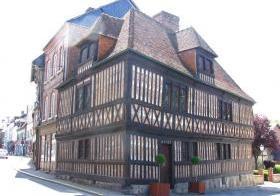 Musée du Vieux Manoir d'Orbec - Pôle muséal Agglomération Lisieux Normandie